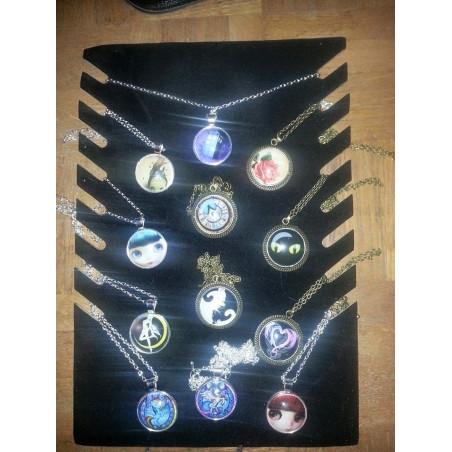 collier pendantif blythe modele 1