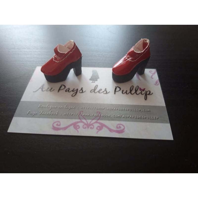 Chaussure lolita mauve avec gros noeud sur la chaussure